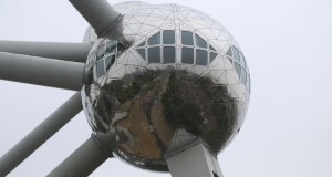 atomium 2015 travel brussels (3)